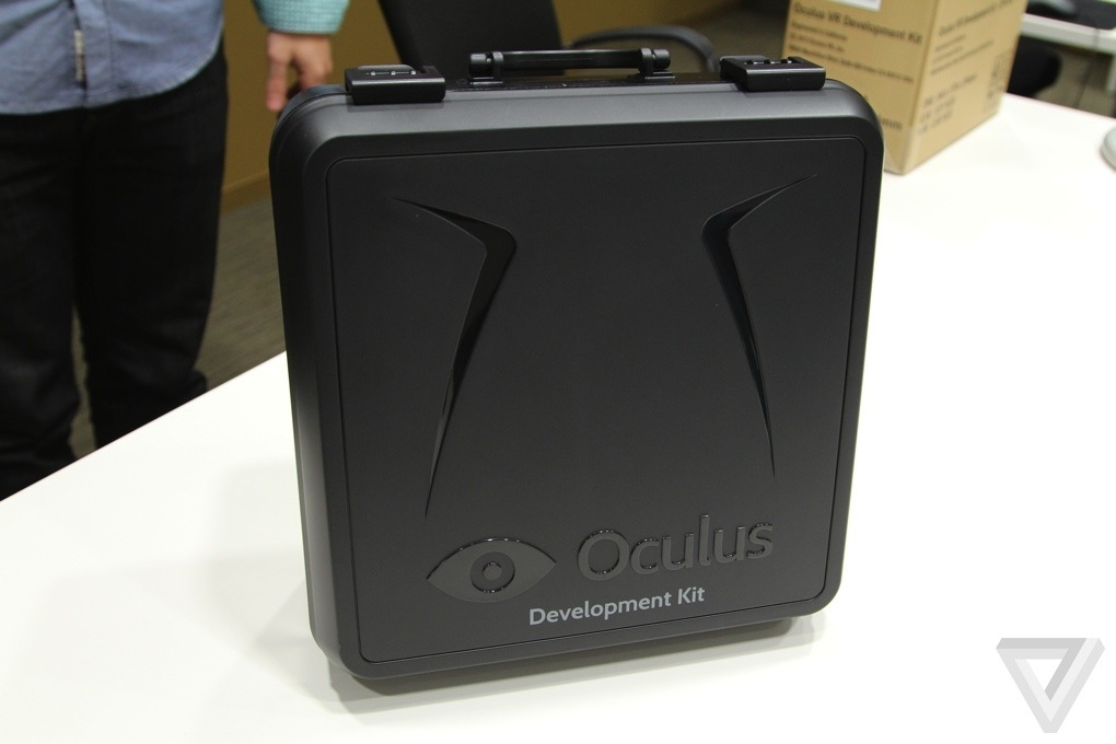 70cd073fdc9d oculus rift dev kit package contents. oculus rift carrying case