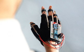 An early glove prototype