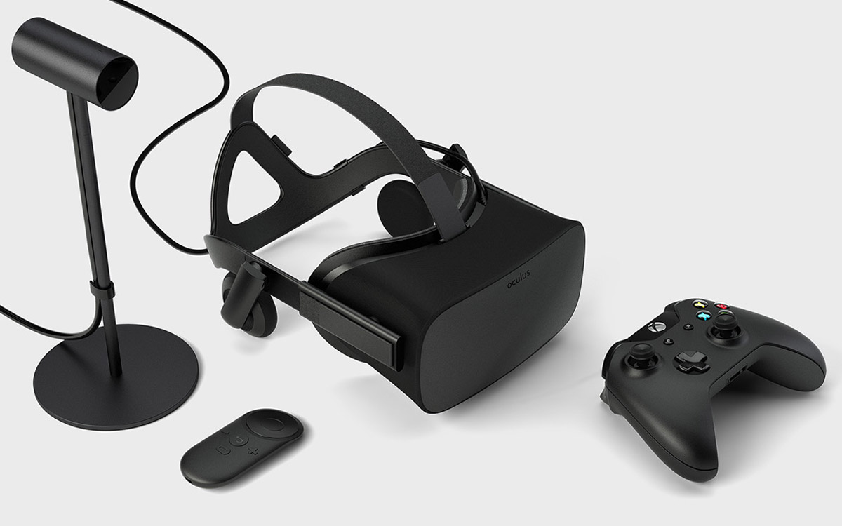 2196a76fcee0 The Leaked  Oculus Remote  Returns as Part of Rift Package – Road to VR