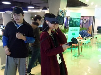 shunwang-gaming-cafe-htc-vive-virtual-reality
