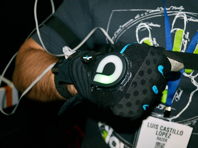 gloveone prototype tracking (3)
