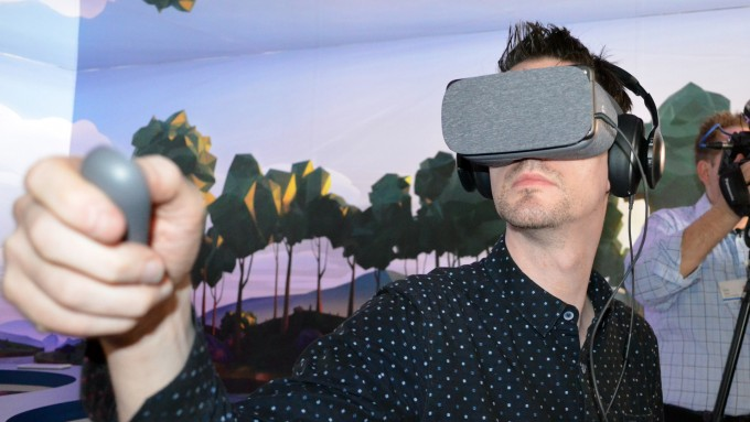 daydream-view-hands-on-12