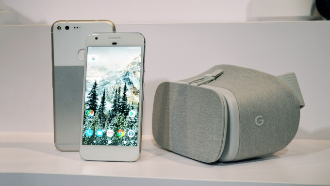 daydream-view-hands-on-7