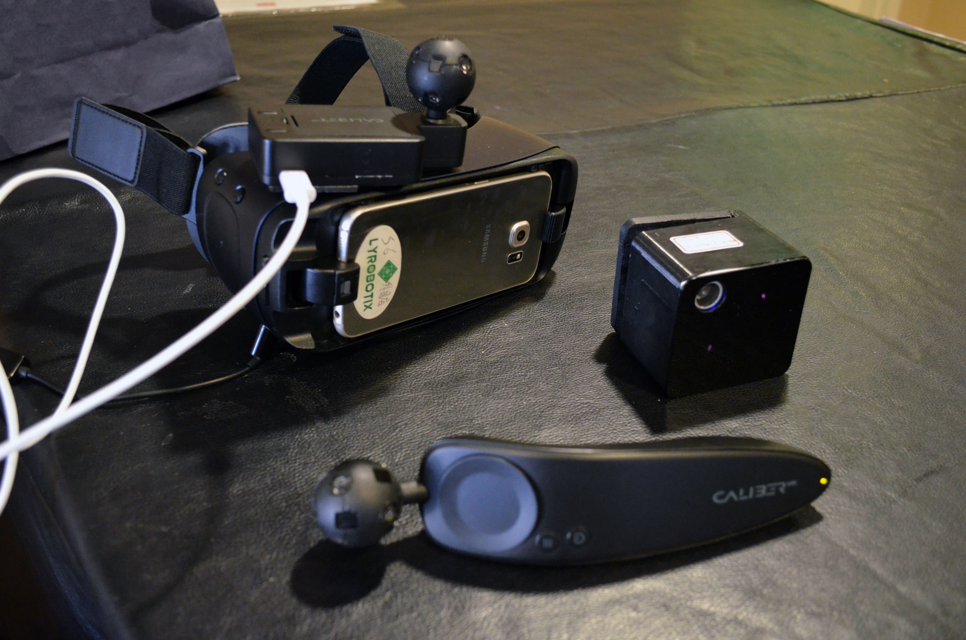 58abf5b77ca6 Lyrobotix Merges Ultrasonic and Lighthouse-like Tech for Portable  Positional VR Tracking