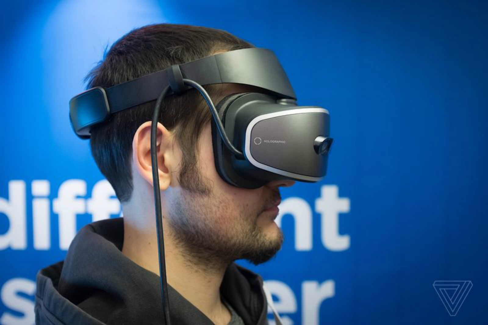 959cbc9db80c Lenovo s New VR Headset Packs More Pixels at Lower Weight   Cost Than Rift  and Vive