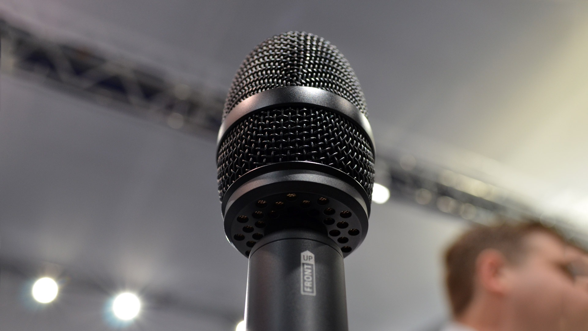 Up Close With Sennheisers 1700 Vr Microphone Road To Power Pc Microphones From P48 Or Phantom 48 Volts Sennheiser Mic Ces 2017 4