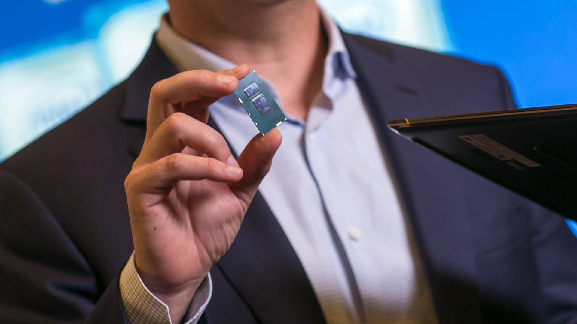 Intel's Next Project Alloy Prototype to Get Enhanced CV Capabilities, Wider FoV, More Powerful Processor