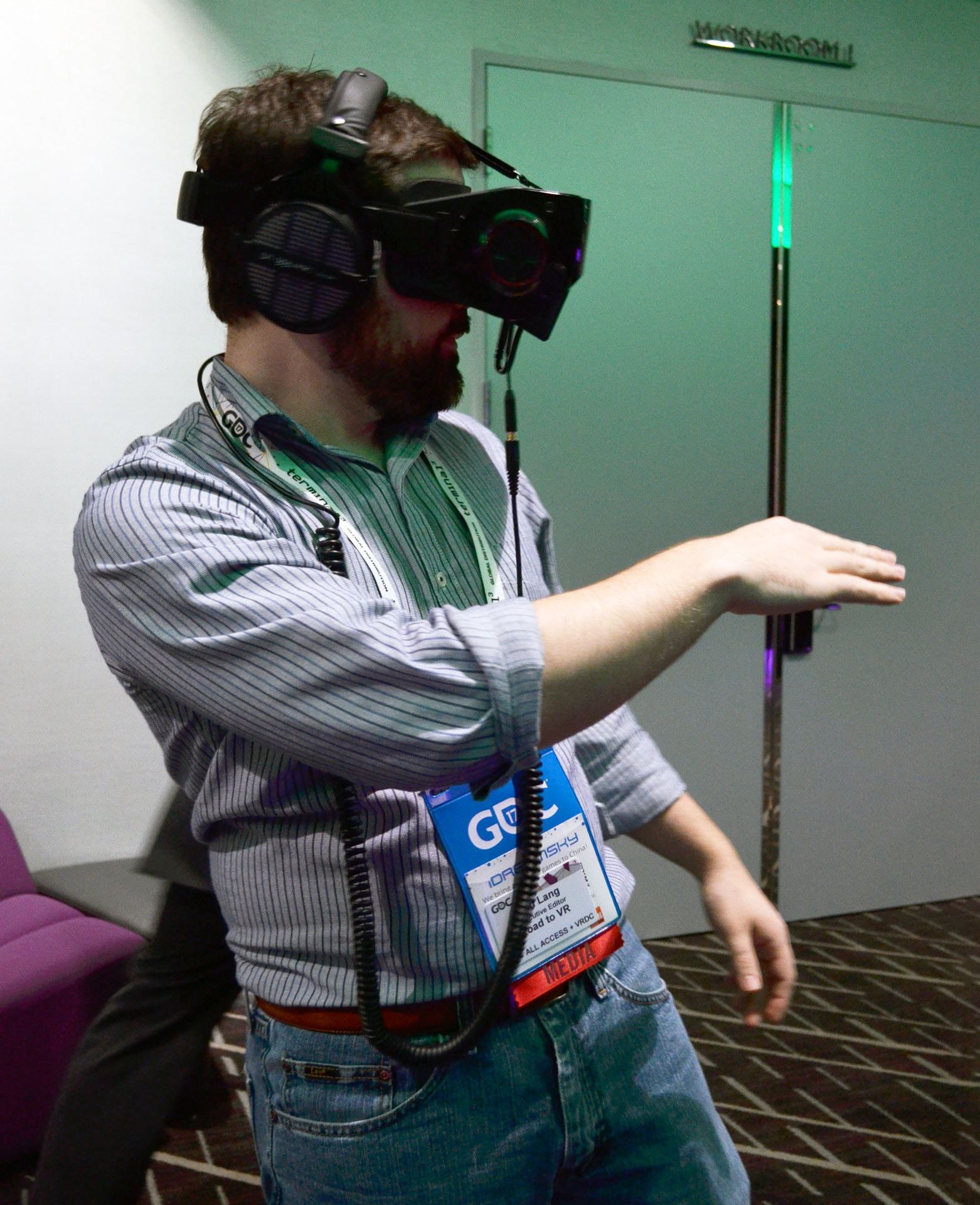 Leap Motion's Mobile Hand-tracking Comes to Qualcomm's