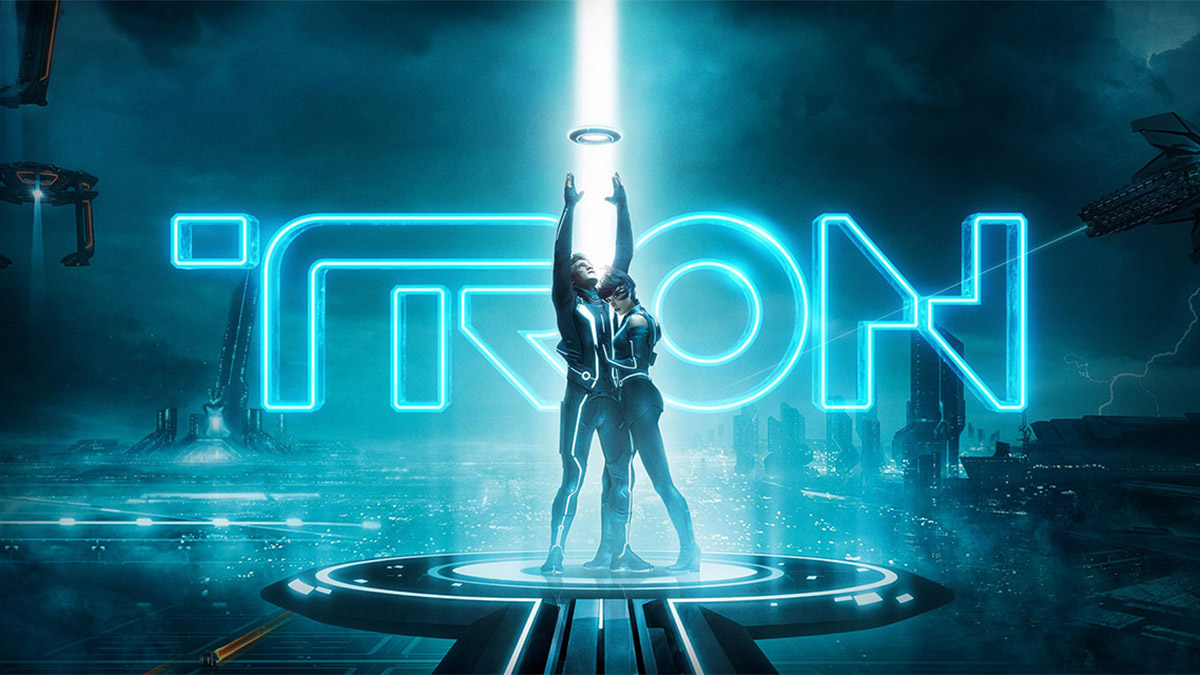 "tron' star jeff bridges thinks 'tron 3' should be the ""first virtual"