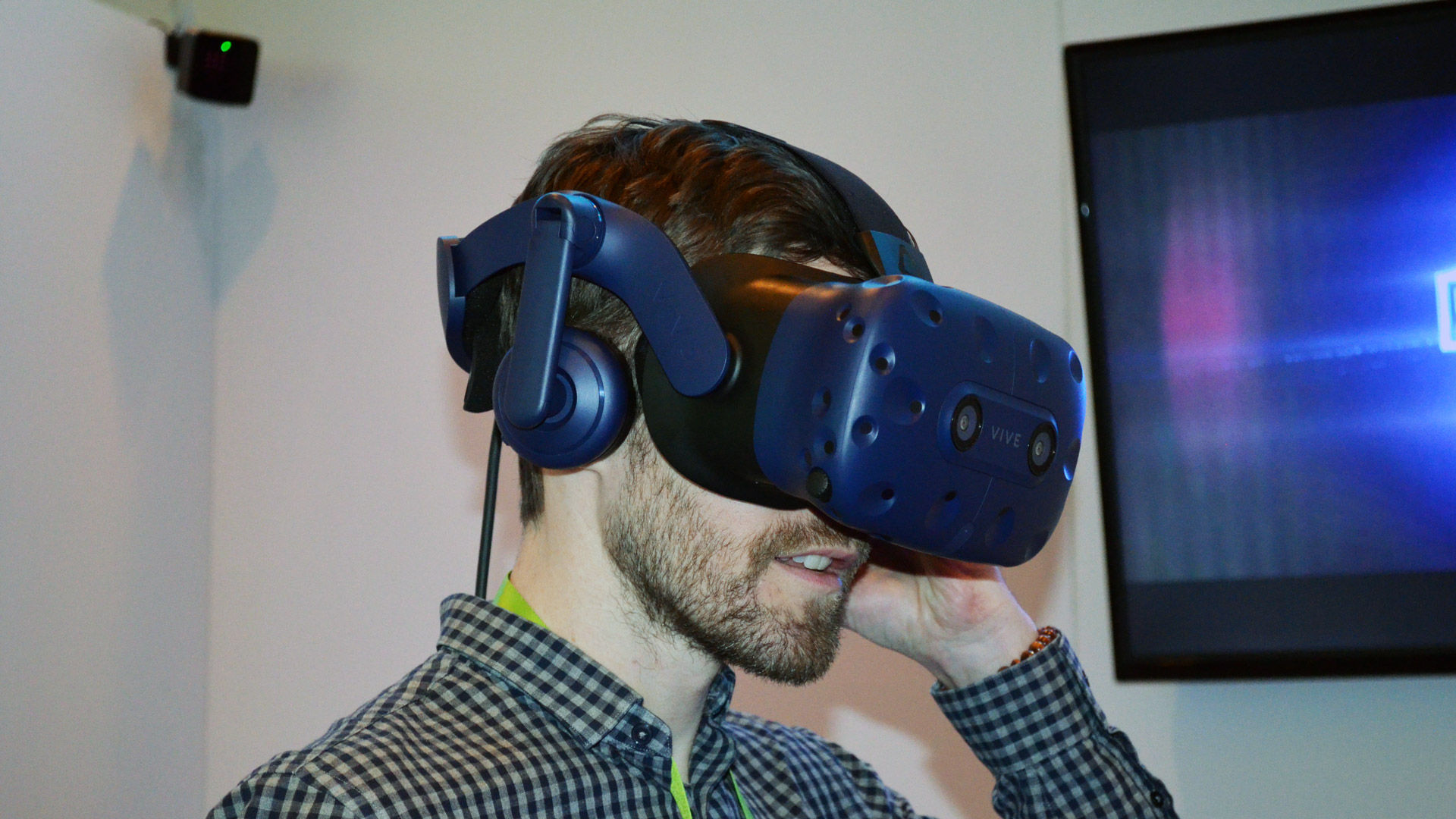 79342ad51be CES 2018 - Hands-on  The Vive Pro is Much More Than an Improved Screen