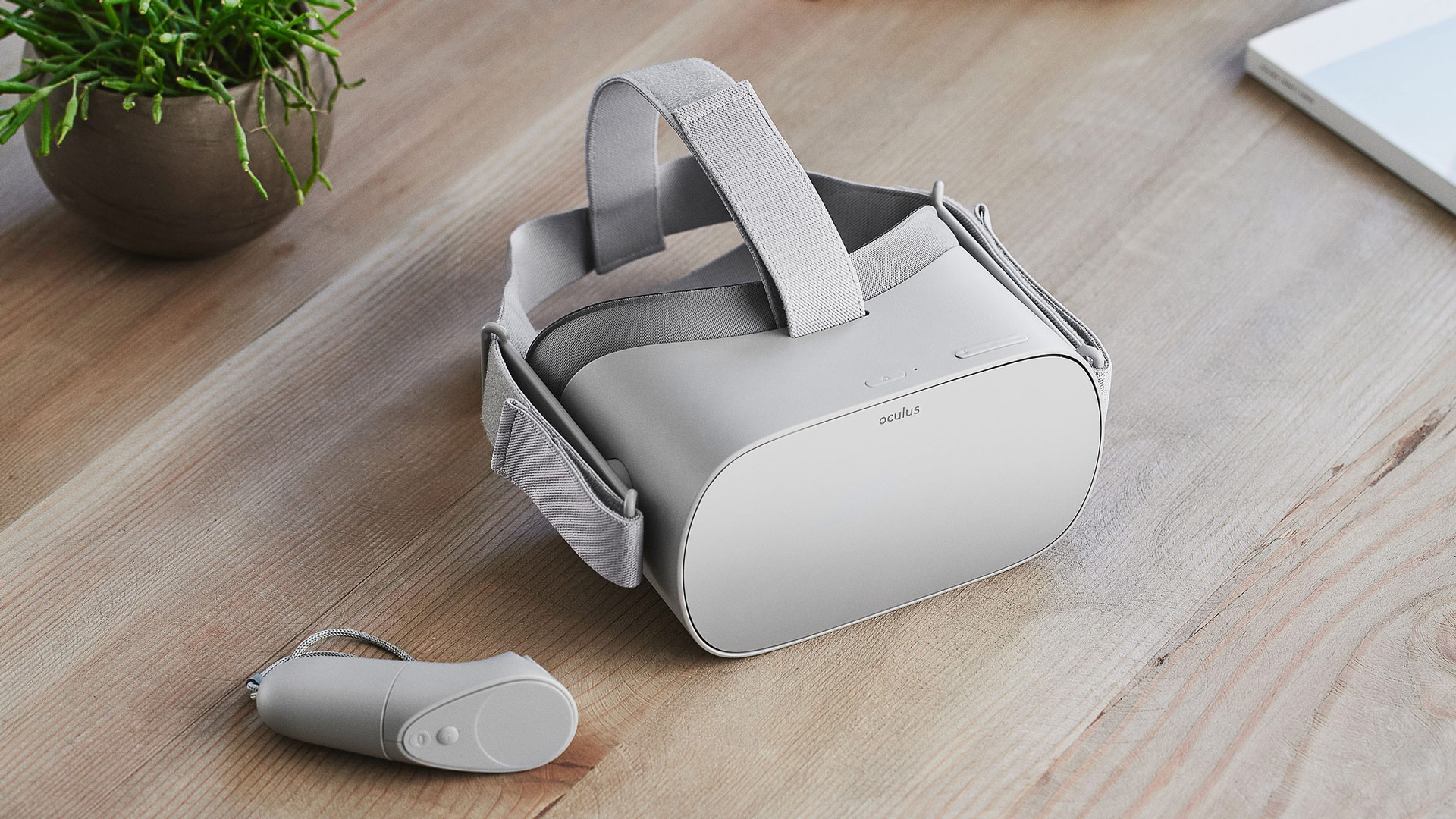 Oculus Go Beats Out Nintendo Switch & More as Amazon Top Seller