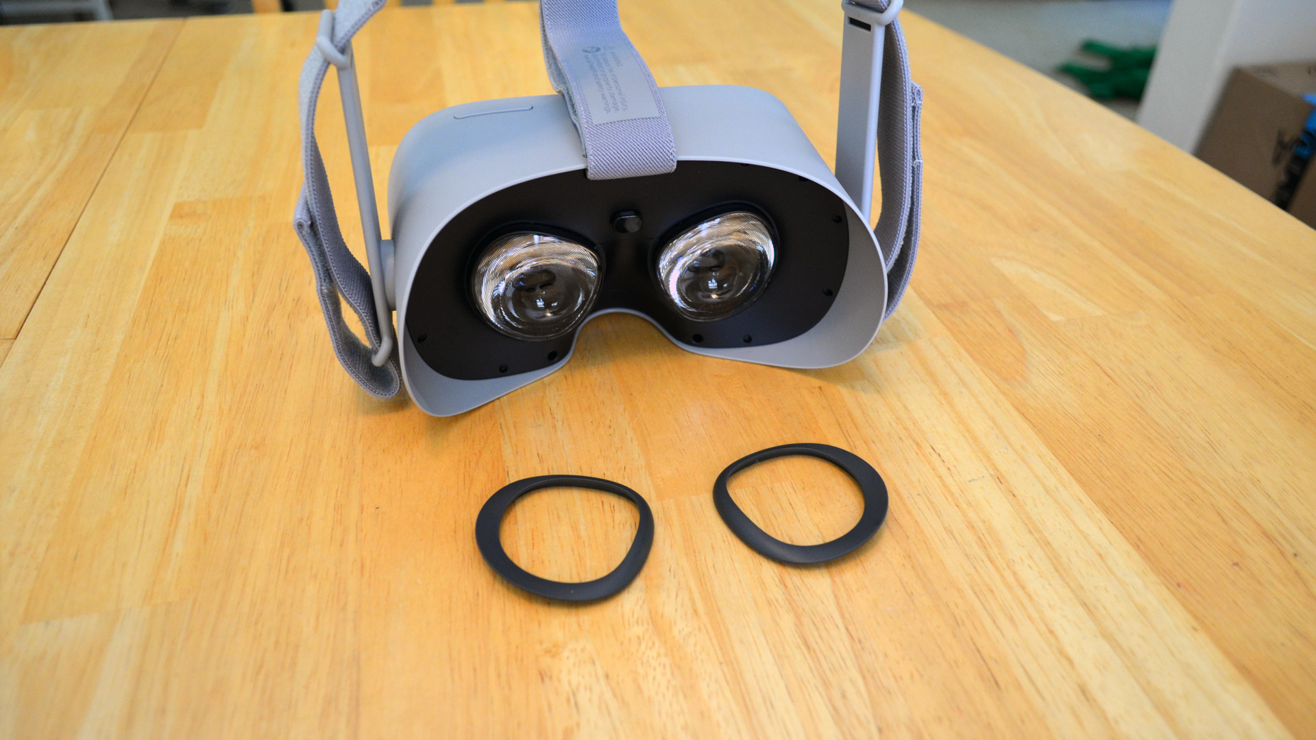 12cc04af0a2 F8 2018  Oculus Go Includes Glasses Spacer and Brackets for ...