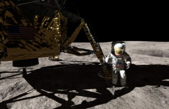 5 Great Ways to Celebrate the Moon Landing's 50th Anniversary in VR 1
