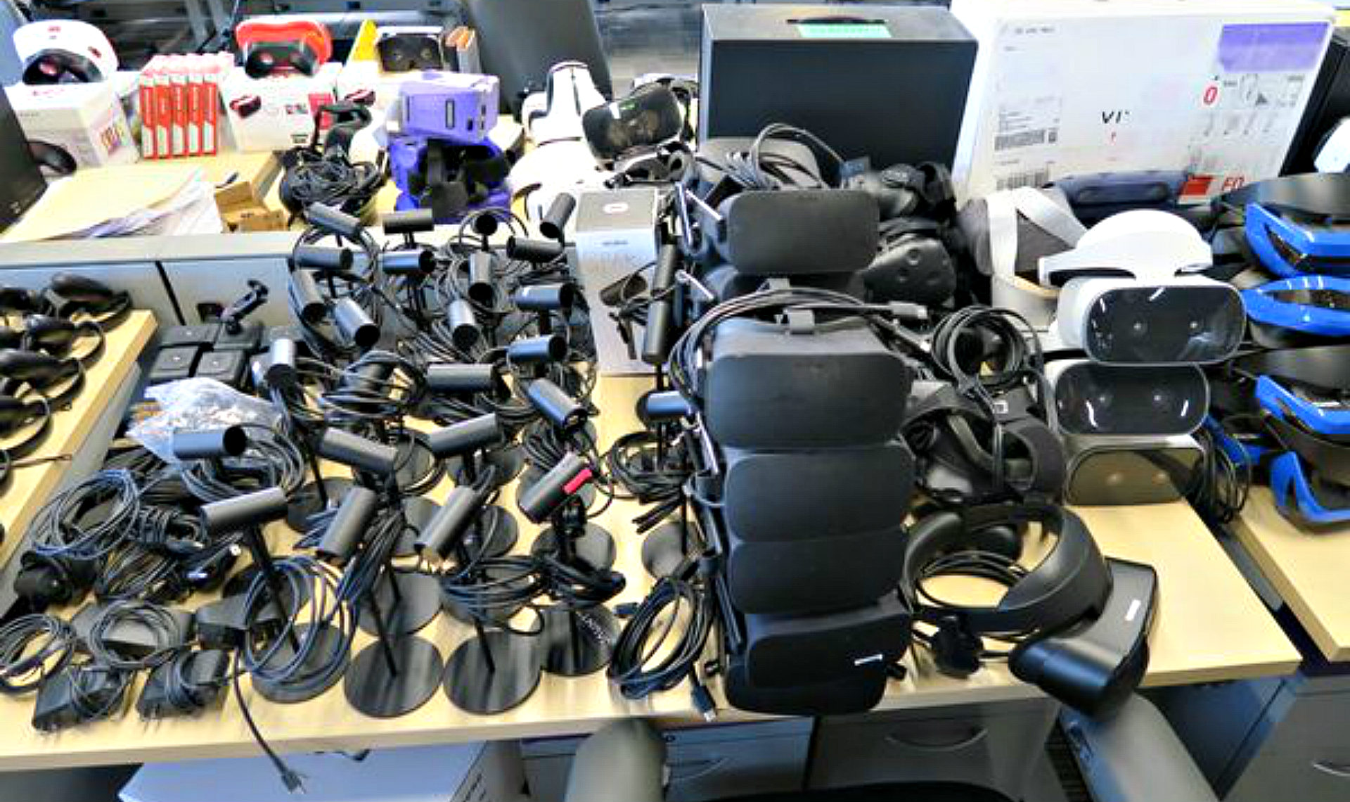 Jaunt to Liquidate Tons of VR Stuff in Online Auction Soon