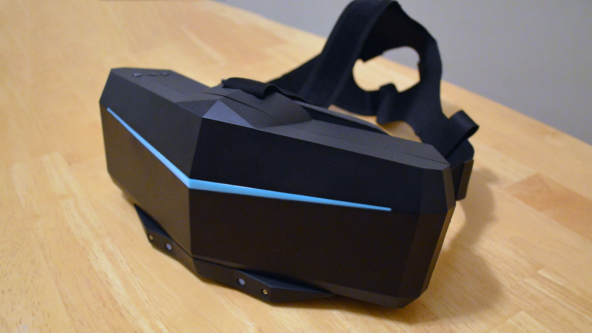 "Hands-on: Pimax's Ultrawide ""8K"" & ""5K"" Plus See Big Improvements on the Path to Launch"