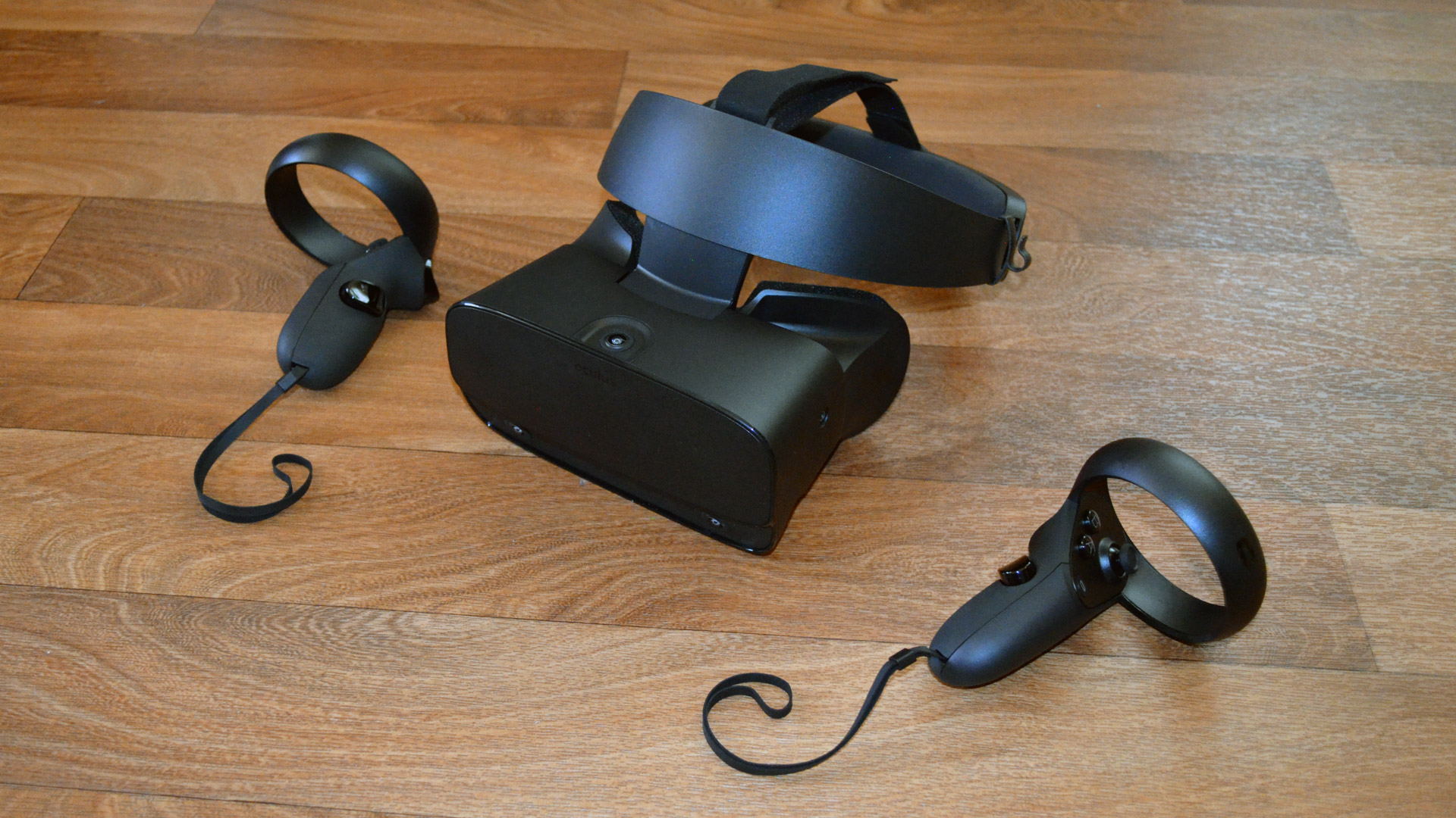 Oculus Rift S Review – A Good Choice for VR Newcomers, a Difficult