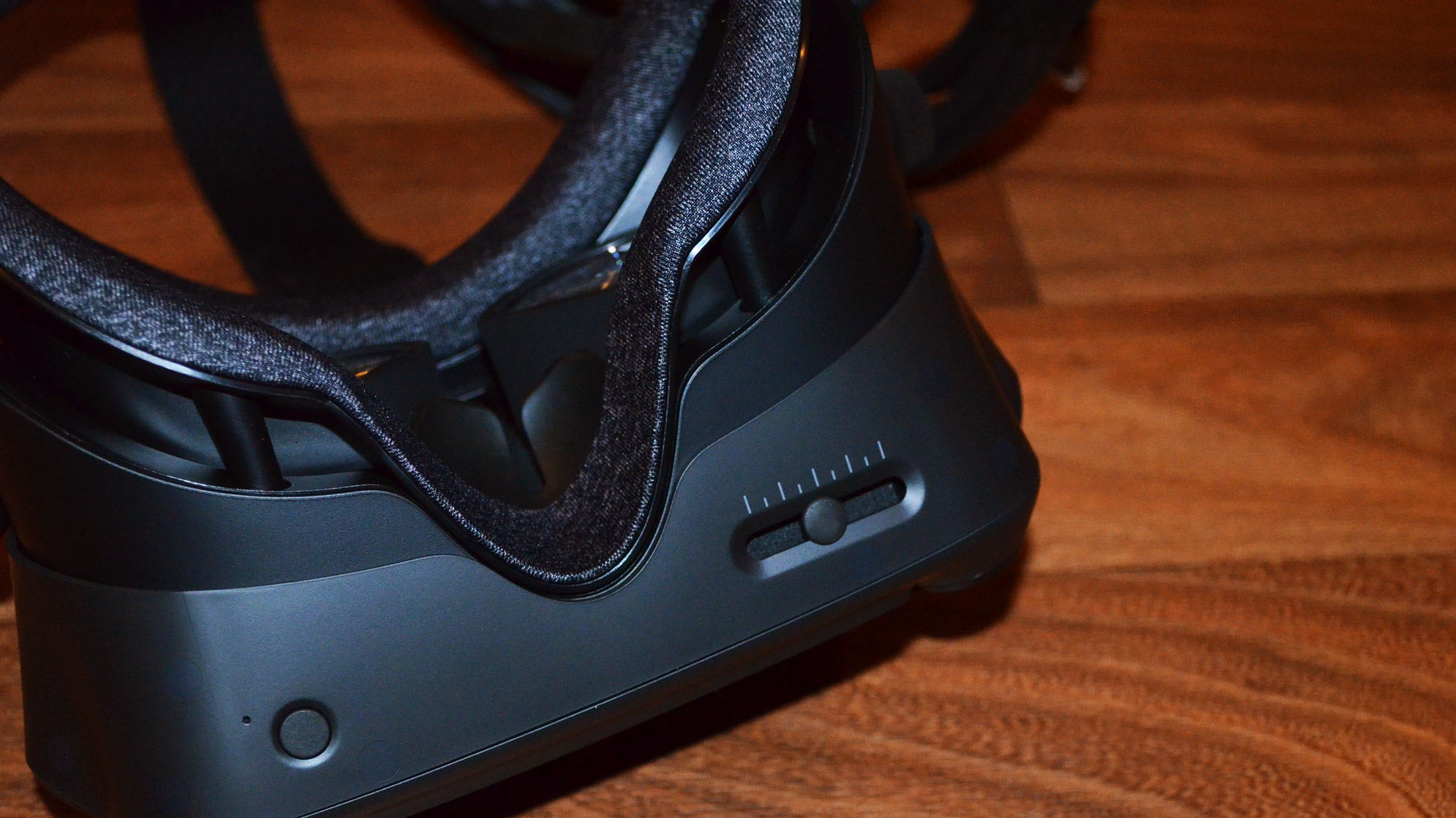 Preview: Valve Index is the DSLR to the Oculus Rift S Point