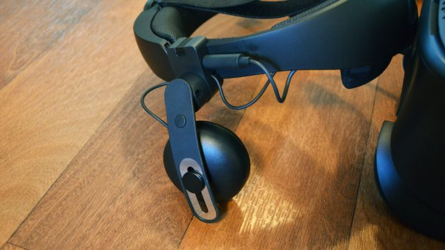 Vive Cosmos Review – A Decent Headset Up Against Stiff Competition 5