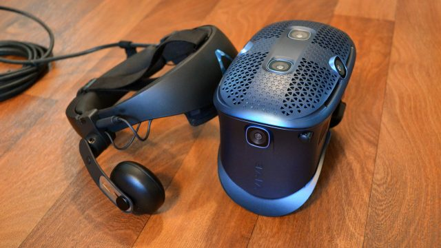 Vive Cosmos Review – A Decent Headset Up Against Stiff Competition 3