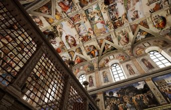 An Epic Recreation & Guided Tour of the Sistine Chapel is Now Available on Steam for Free
