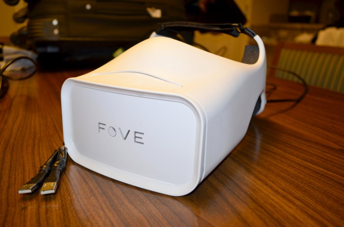 fove eye tracking vr headset hands on ces 2015 (1)